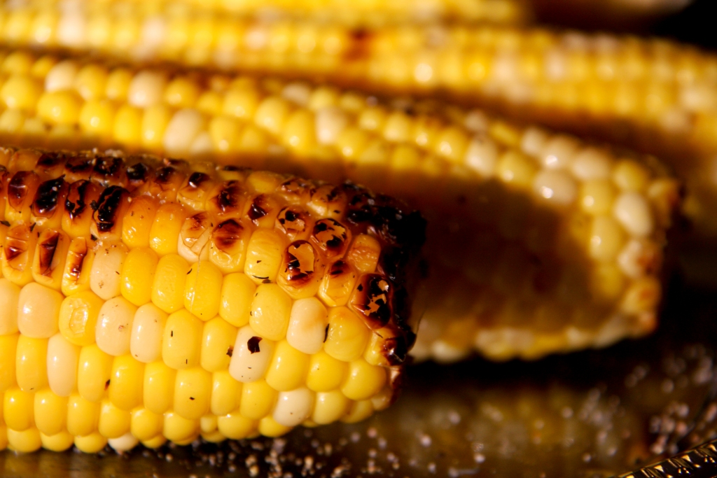 GRILLED CORN ON THE COB | BALANCED GRETTIE