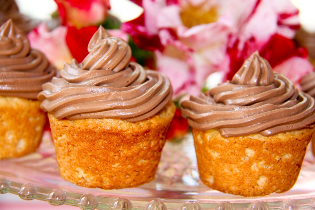 how to make mousse frosting