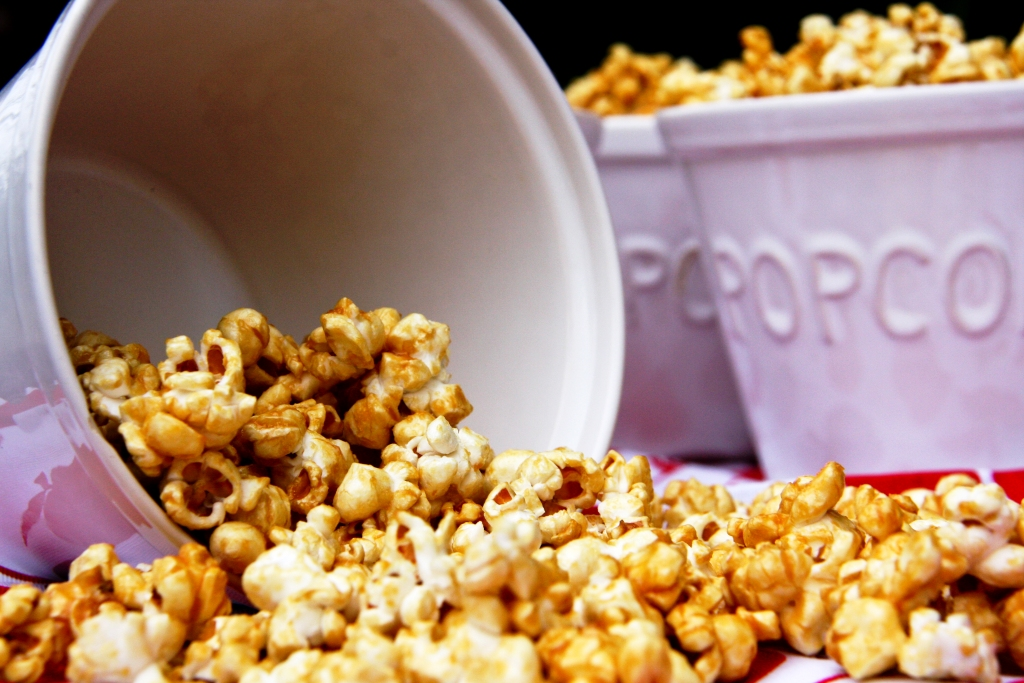 ... rating s microwave caramel corn recipe microwave caramel popcorn