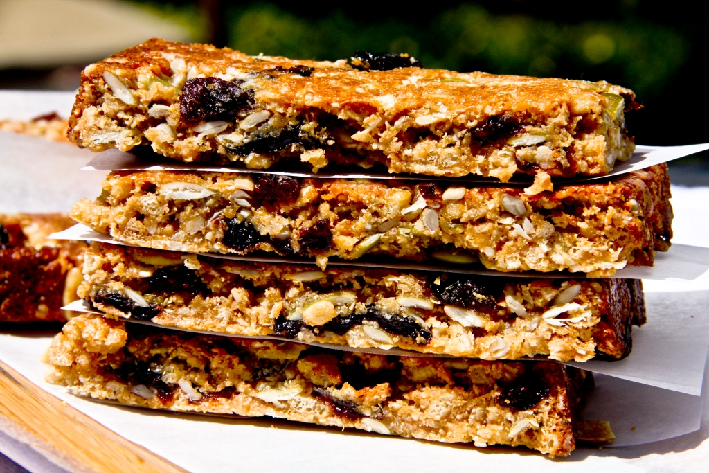 SRC – PEANUT BUTTER GRANOLA BARS (Vegan, Gluten-Free, Oat Free)